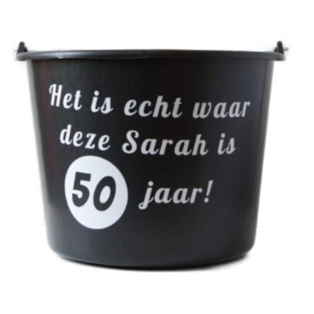 Cadeau emmer met tekst: Het is echt waar Sarah is 50 jaar